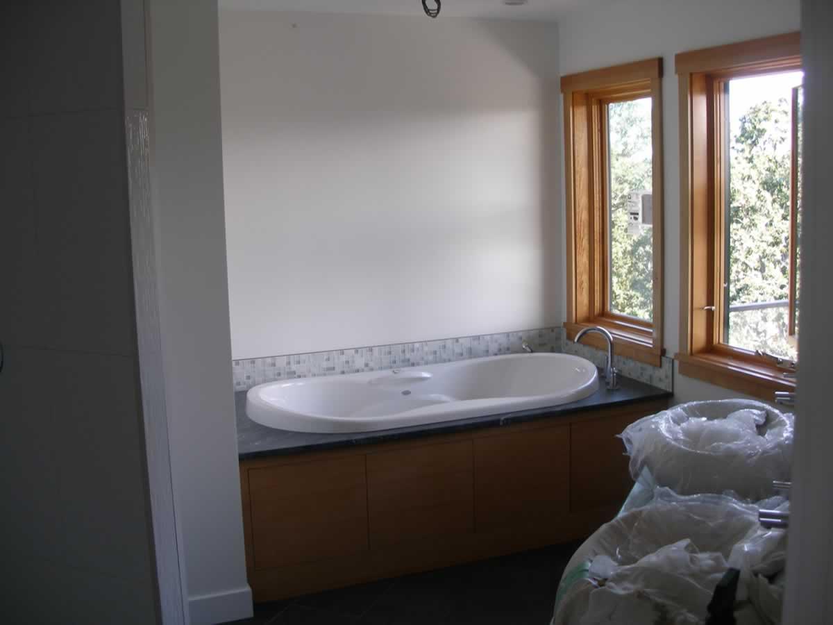 bathroom-re-paint-victoria