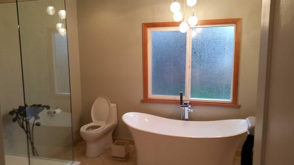beautiful-bathroom-paint-victoria
