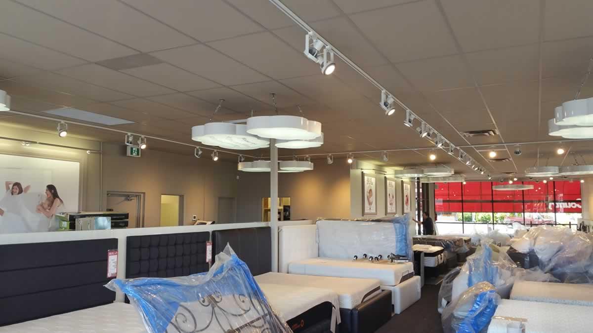 interior-paint-mattress-store